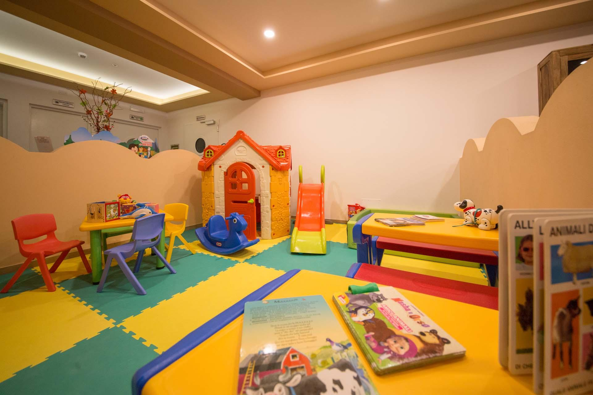 Sala Giochi Per Bambini : Camere da gioco per bambini: la casetta giochi per bimbi più costosa