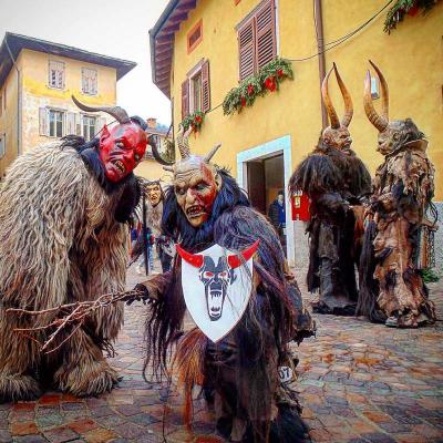 Le sfilate dei Krampus a Pergine Valsugana