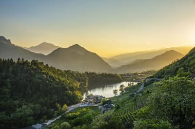 Lake Canzolino